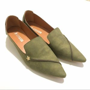 Green Flats with Star Detail